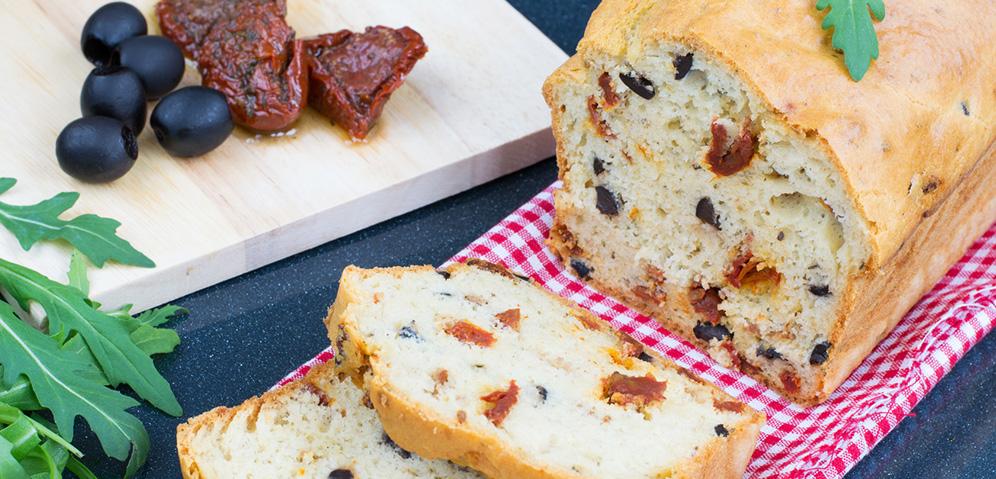 Cake salé sans gluten aux tomates séchées, olives et origan BIO by Véritable®