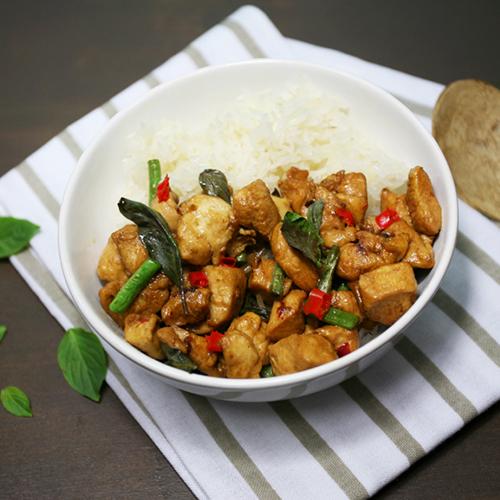 recette basilic thaï poulet legumes piment Véritable Potager