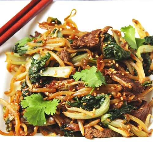 wok pak choi, pousses de soja et coriandre