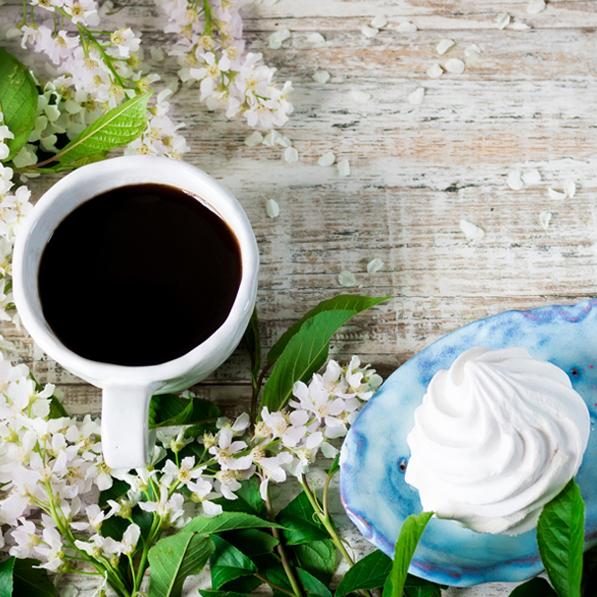 café meringue fleurs de pâques