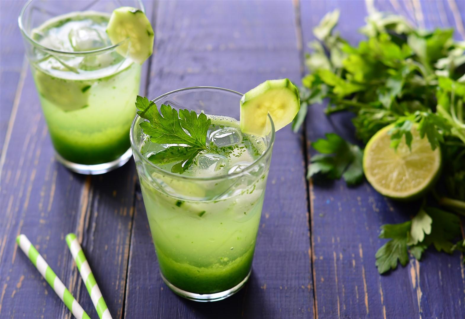 Eau aromatisée persil concombre chou kale citron